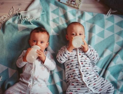 Schlafassoziationen: Wann sollte Ihr Baby anfangen selber einzuschlafen?