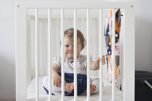 Wo sollte das Kind schlafen? Altersgerechte Schlafplätze für Ihr Kind