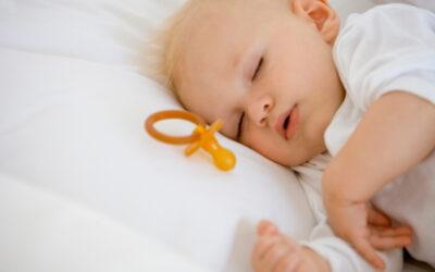 Schnuller und Schlaf: Solltest Du den Schnuller entwöhnen?